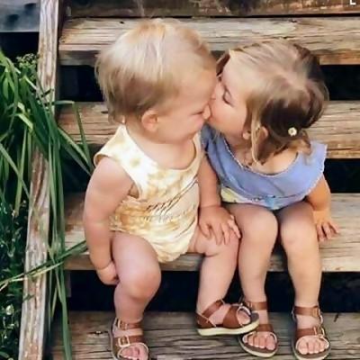 Best Love WhatsApp DP Images (Romantic Profile Pictures 2018) 2
